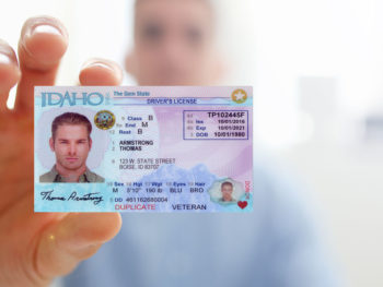 Do you have to show identification to police in Idaho?